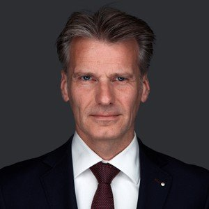 mr. R.F. Vonk